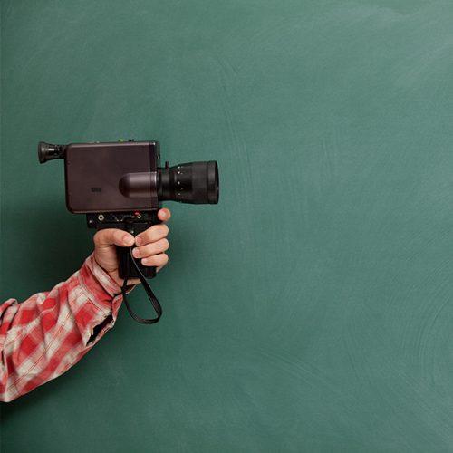 Schulworkshop: Kinozeitreise mit Adrian Goiginger & Helmut Hollerweger @ DAS KINO